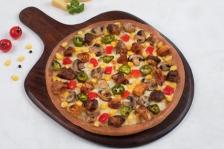 MOJO Pizza : Pizza Worth ₹445 at ₹104 + Free Gree Tea Pack.