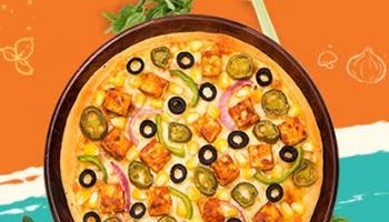 MOJO Pizza : Pizza Worth ₹445 at ₹104 + Free Gree Tea Pack