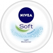 NIVEA Soft Light Moisturiser With Vitamin E, 300ml
